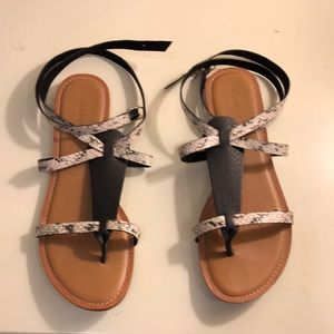 Old Navy Snakeskin Lace Up Sandals